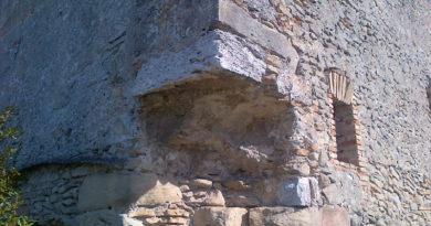La pietra angolare
